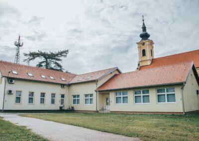 Knjižnica drenovci